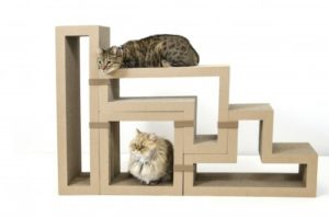 дом из ступенек для котов